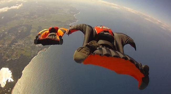 voler en groupe en wingsuit à Brienne Le Château