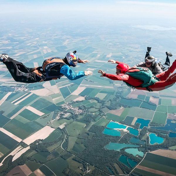 saut initiation PAC Parachute - Brienne Aube Parachutisme centre de saut en parachute Bourgogne