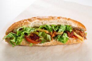 Sandwich chaud snack de Brienne Aube Parachutisme - saut parachute Paris