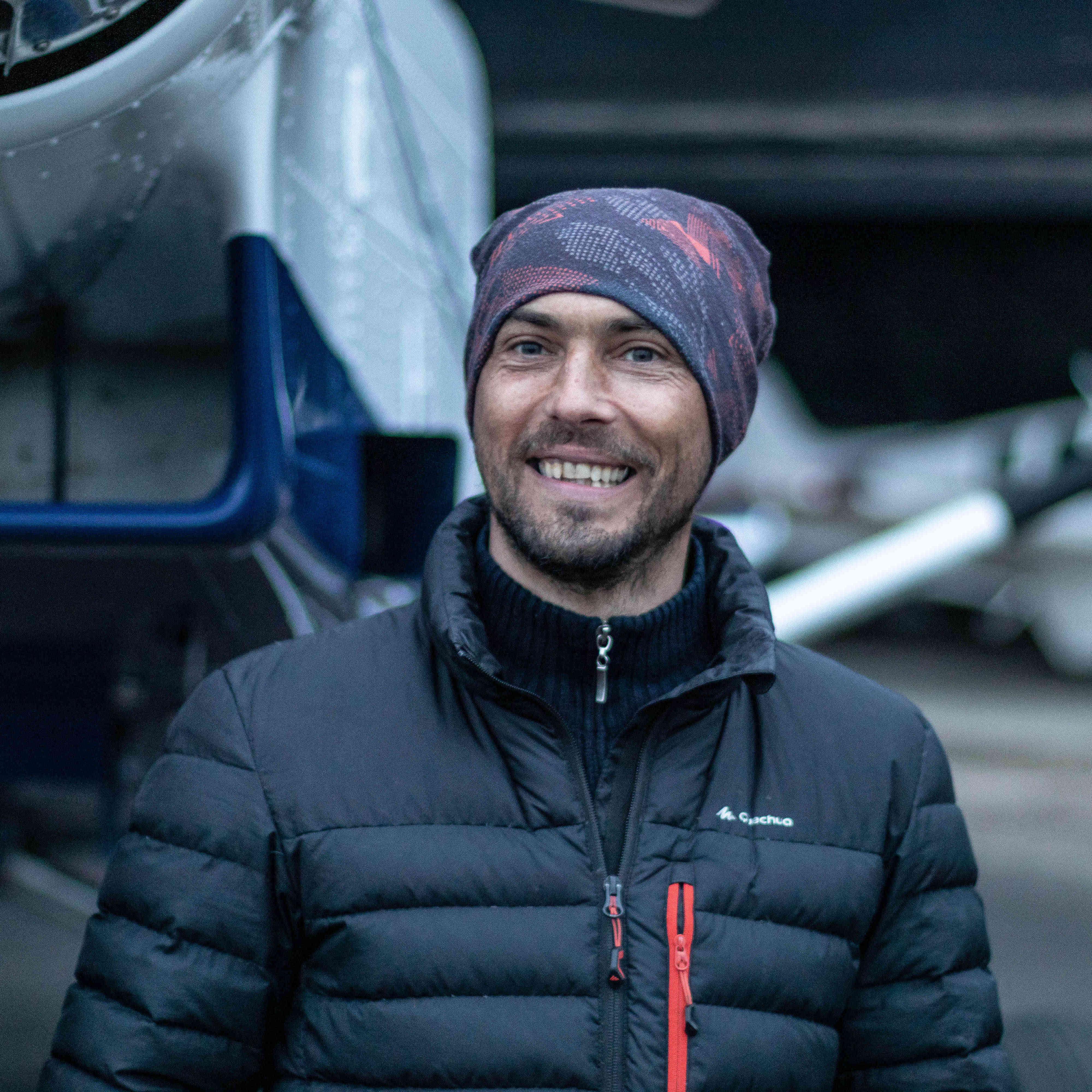 Jimmy moniteur parachutiste PAC et tandem chez Brienne Aube Parachutisme centre de saut en parachute proche de Paris