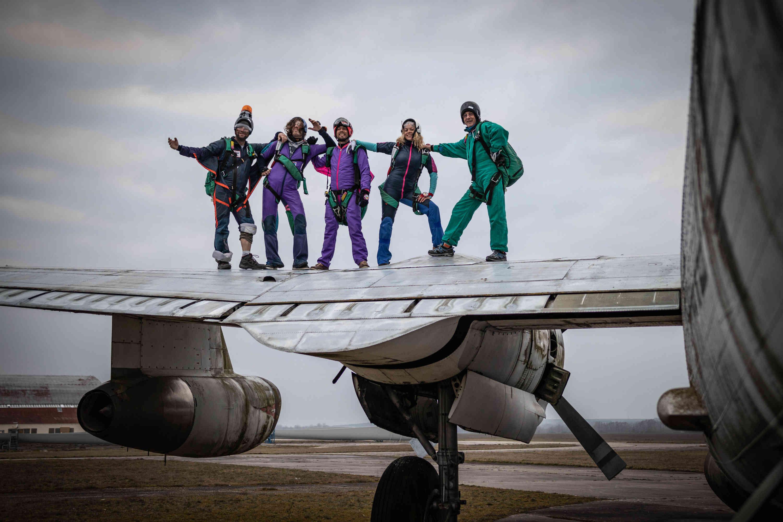 Staff classe Skydive Brienne Aube Parachutisme Sauter en parachute près de Paris