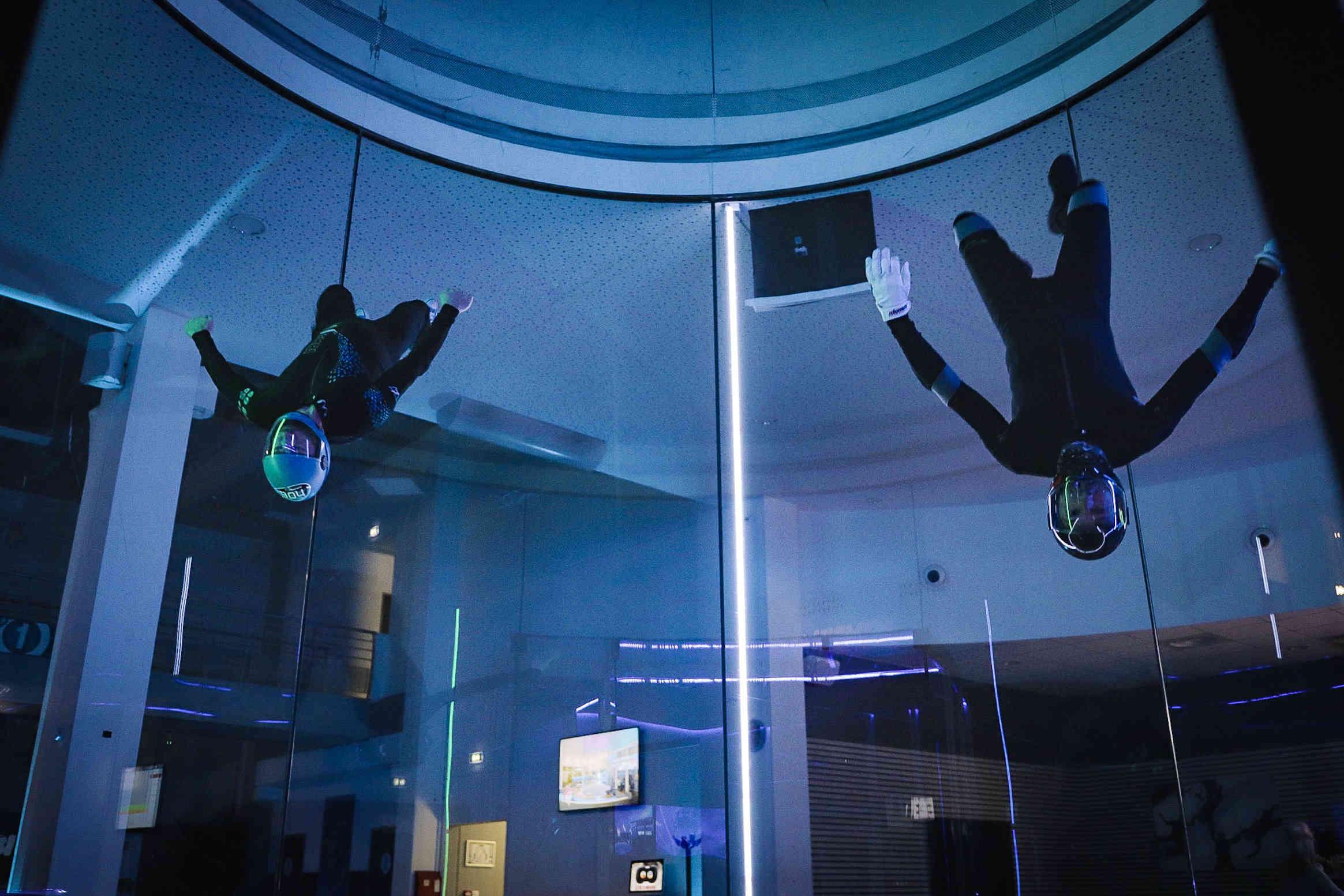 lionel barret instructeur en soufflerie chute libre en indoor - Brienne Aube Parachutisme centre de saut en parachute proche de Paris