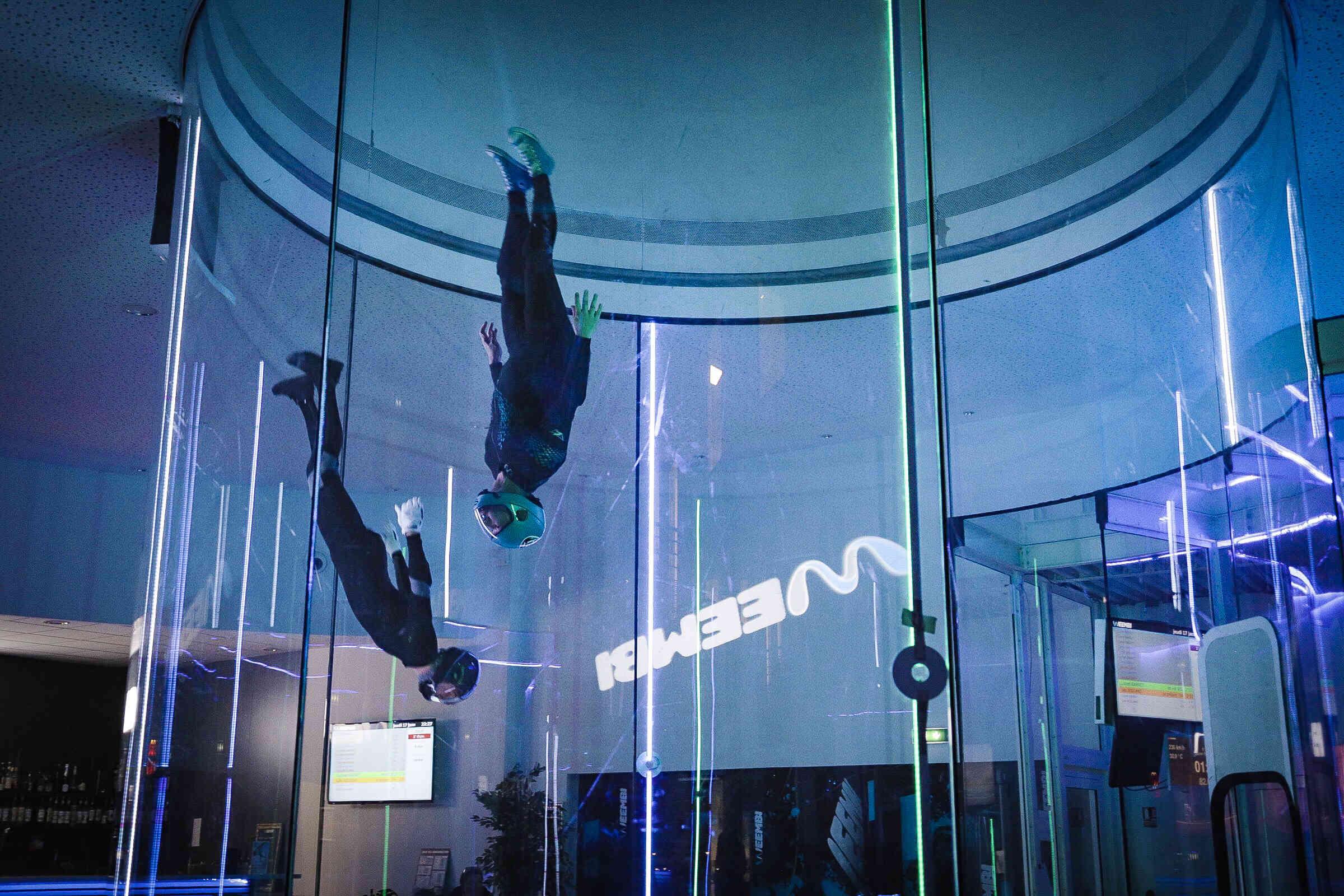 lionel instructeur en soufflerie chute libre en indoor - Brienne Aube Parachutisme centre de saut en parachute proche de Paris