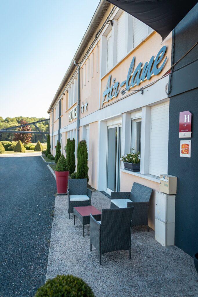 Entrée Hôtel Air Lane Aube Parachutisme Troyes Paris